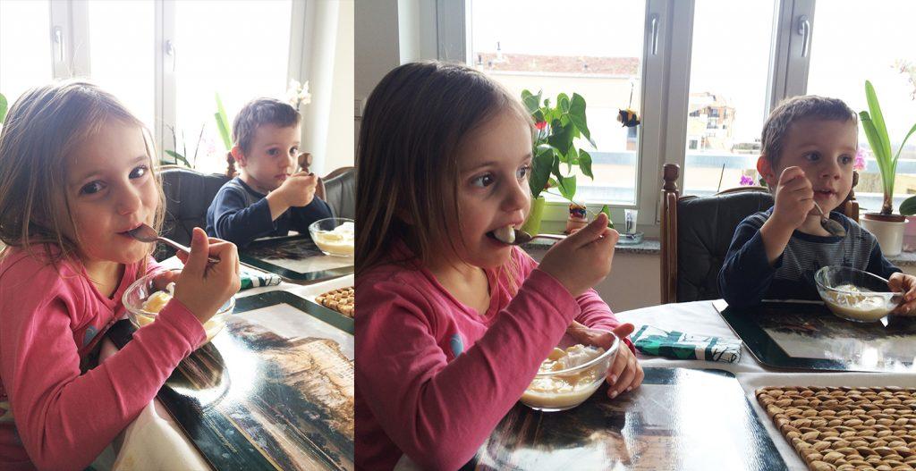 Im Jahr 2017 essen die Enkelkinder dieses rumänischen Liebespaars Madártej.